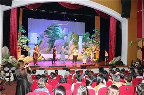 Nỗi niềm sân khấu xã hội hóa trên địa bàn Thành phố Hồ Chí Minh - Bài 2
