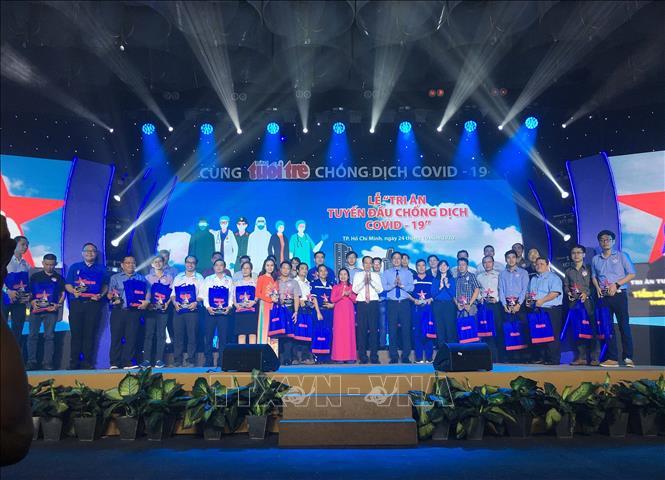 Thành phố Hồ Chí Minh: Tri ân tuyến đầu chống dịch COVID-19
