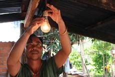 Đắk Lắk: Điện lưới quốc gia bừng sáng thôn buôn