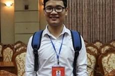 Chàng sinh viên nghèo nỗ lực trở thành thủ khoa