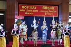 Họp mặt chúc mừng nhân dịp lễ Sene Dolta của đồng bào Khmer