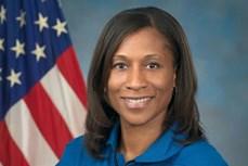 Du hành gia người Mỹ gốc Phi đầu tiên lên Trạm Vũ trụ quốc tế (ISS)