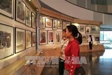 世界近100位水彩画家出席第二届国际水彩画作品展开幕式