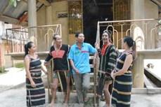 Bí thư Chi bộ Y'Plu Êung vì sự phát triển của cộng đồng