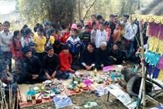Lễ cúng rừng thiêng của người Thái ở Yên Bái