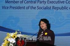邓氏玉盛:努力将胡志明市人文与社科大学建设成为地区内社科和人文领域一流大学