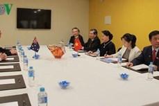 越南国会主席阮氏金银会见澳越友好协会主席金桑普森