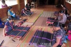 Bảo tồn nghề dệt thổ cẩm của người Cơ tu ở Tây Giang