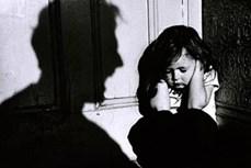 Báo động gia tăng các vụ xâm hại tình dục trẻ em từ người thân, người quen