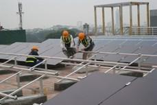Tiết kiệm điện nhờ pin năng lượng Mặt trời