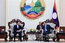 老挝总理通伦·西苏里高度评价老越两国财政部的合作