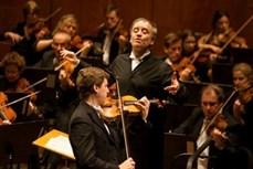 英国伦敦交响乐团在河内精彩演出 大受听众欢迎