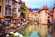Những thành phố lãng mạn của nước Pháp