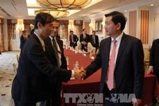 Bí thư Thành ủy Thành phố Hồ Chí Minh Đinh La Thăng làm việc với các công ty Nhật Bản về dự án Rạch xuyên tâm