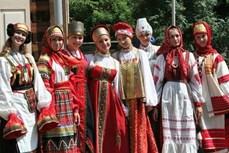 Trang phục truyền thống của phụ nữ Nga