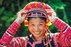 Trang phục truyền thống của người La Hủ