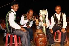 Rượu cần của người Mạ ở Cát Tiên