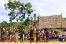 Cây nêu - biểu trưng văn hóa vùng cao