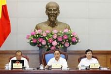 越南政府总理阮春福主持召开政府6月份例行会议 重点讨论法制建设问题