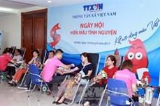 """TTXVN tổ chức ngày hội hiến máu """"Kết nối dòng máu Việt"""""""