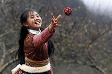 Ném pao - trò chơi độc đáo của người Mông
