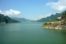 Đánh thức tiềm năng du lịch vùng hồ Hòa Bình