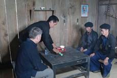 Lễ vào nhà mới của người Mông