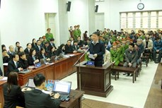 郑春青及其同案犯一案:丁罗升向党、国家和人民道歉