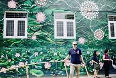 """""""澳大利亚-越南壁画村""""正式挂牌"""