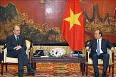 阮春福总理会见意大利-东盟协会主席恩里克·莱塔