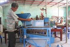 Lão nông Thái Văn Âu đam mê sáng chế máy nông nghiệp ở vùng cao Ninh Sơn