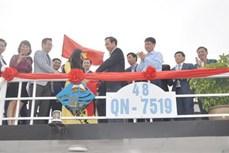 广宁省下龙湾34艘游船获得蓝帆证书和标识