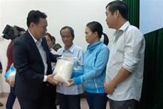韩国政府向越南灾区群众捐赠1万吨大米