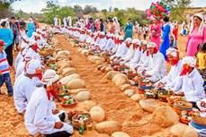 Đồng bào Chăm ở Ninh Thuận vui đón Tết cổ truyền Ramưwan