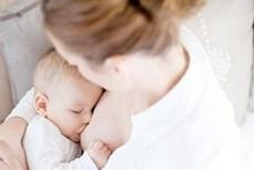 母乳喂养到2岁的越南宝宝比例占22%