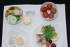 """陆岸荔枝""""走上飞机""""成越航航班餐食"""