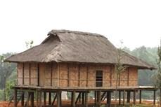 Đặc trưng nhà sàn của dân tộc Kháng