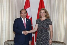 政府总理阮春福会见加拿大总督朱莉·帕耶特