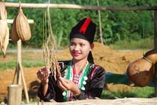 Phong tục cưới xin của người Khơ mú ở Nghệ An