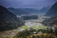 Đánh thức tiềm năng du lịch vùng cao Lũng Vân