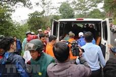 林同省:韩国一名游客在进行瀑布探险时不幸遇难