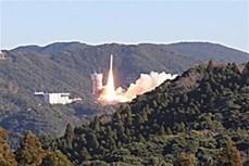 """越南""""微龙""""卫星发射升空 顺利与火箭分离"""