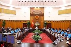 越南政府总理阮春福承诺为越南卫星研制创造一切便利条件