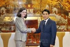 越南河内与加拿大加强多个领域的合作