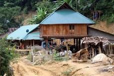 Thôn, bản miền núi huyện Quan Hóa gặp khó khi không có điện lưới quốc gia