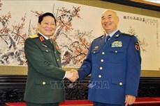 吴春历会见中共中央政治局委员、中央军委副主席许其亮