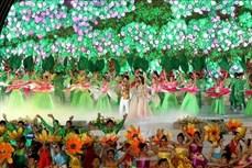 """Khai mạc Festival lần thứ VIII với chủ đề """"Đà Lạt và Hoa"""""""