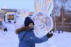 Chiêm ngưỡng những kiệt tác băng độc đáo của Siberia