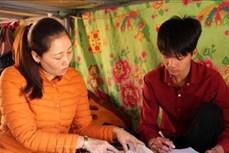 Tiếp sức học sinh nghèo ở các bản vùng sâu, vùng xa huyện Thuận Châu đến trường