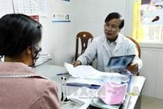 北江省98% 接受ARV治疗的HIV感染者持有医疗医保卡